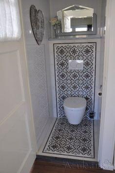 Cementtiles Toilet - Gris 13 + Border en Corner - Project van Designtegels.nl: