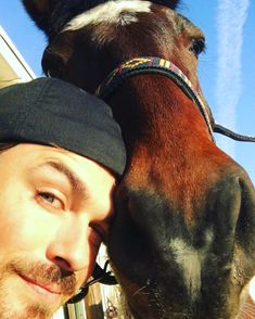 Ian Somerhalder - 01/01/18 - Happy New Year from Joe and I. He really wants you to click the link in my bio and help creatures like him. We hope we can make this a vintage year for humanity and the world. With immense appreciation and respect, Ian and Joe PS I didn't paint that heart on his nose...That's nature https://www.instagram.com/p/BdZIWNGgERd/