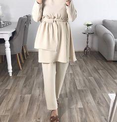 Pakistani Fashion Casual, Muslim Fashion, Modest Fashion, Girl Fashion, Mode Outfits, Girl Outfits, Fashion Outfits, Hijab Collection, Hijab Look
