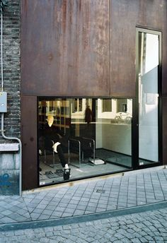 Beltgens Fashion Shop by Wiel Arets Architects