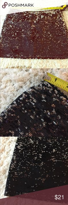 Sequin skirt New,  no tags ,no flaws !!! Cool , stylish , must have ! Says size L but feels like M , see measurements Forever 21 Skirts Mini
