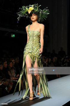 PARIS - JANUARY A model walks the runway at Jean-Paul Gaultier Haute Couture fashion show as part of the Paris Fashion Week Haute Couture S/S 2010 on January 2010 in Paris, France. (Photo by Dominique Charriau/WireImage) Floral Fashion, Fashion Art, Runway Fashion, High Fashion, Fashion Show, Fashion Dresses, Fashion Design, Jean Paul Gaultier, Paul Gaultier Spring
