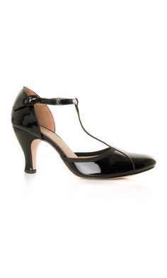 "Repetto patent leather black t-strap shoe ""Baya"" #sandals - #ss13 www.sansovinomoda.it"