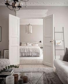Home Interior Entrance .Home Interior Entrance Master Bathroom Layout, Master Bedroom Design, Home Bedroom, Bedroom Decor, Home Interior, Interior Decorating, Small Half Bathrooms, Small Bathroom, Elegant Homes
