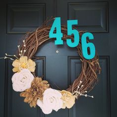 Very pretty wreath! Though I would probably skip the numbers