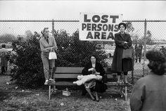 "Lost Persons Area - ""Untitled"" by Elliott Erwitt, Pasadena, California (USA), © Elliott Erwitt/Magnum Photos."