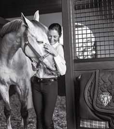 Calling: In an interview with V Magazine, Jessica Springsteen says she is proud of everything she has achieved as a show jumper, because she has done it on her own putting in the hard yards and effort V Magazine, Horse Girl, Horse Love, Bruce Springsteen The Boss, Horse Riding Clothes, Riding Boots, Horse Fashion, Women's Fashion, Bruce Weber