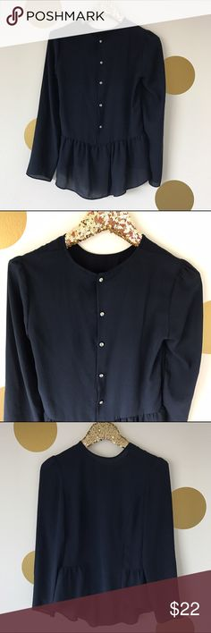 H&M Navy Button Back Peplum Blouse Adorable navy peplum blouse featuring buttons down the back. So cute! Size 4/ fits like an XS H&M Tops Blouses