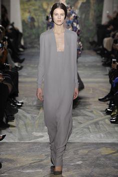 Valentino Couture Spring 2014 - Slideshow - Runway, Fashion Week, Fashion Shows, Reviews and Fashion Images - WWD.com