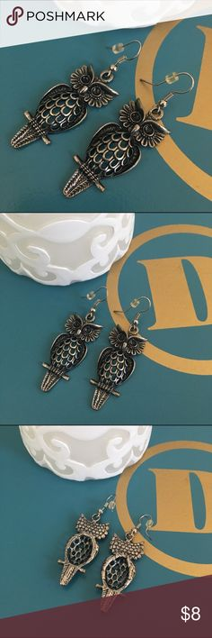 Owl earrings (NWOT- new without tags). Never worn. Owl earrings in a pewter color. Jewelry Earrings