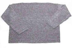 Jersey de punto tricot (100% acrílico) en acabado mollineé. Prenda amplia y desestructurada en talla única. Manga ancha y cuello de barco.