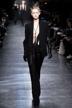 Ann Demeulemeester | Fall 2011 Ready-to-Wear