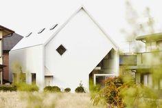 La casa House H, una casa de los años 60 rediseñada