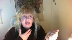 Kristaller sten för sten - YouTube Youtube, Dreadlocks, The Originals, Hair Styles, People, Beauty, Hair Plait Styles, Hair Makeup, Hairdos
