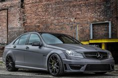 Mode Carbon has joined forces with New Jersey tuner EuroTech Motorsports in creating an aftermarket package. Mercedes Benz C63 Amg, Amg Car, Prestige Car, C 63 Amg, Top Luxury Cars, Automotive Photography, Modified Cars, Sexy Cars, Sport Cars