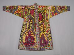 Man's surcoat late Uzbekistan, Shahr-i Sabz Embroidery, cross-stitch: silk Cleveland Museum of Art, (source) Traditional Fashion, Traditional Dresses, Cleveland Museum Of Art, Cleveland Art, Tribal Costume, Folk Embroidery, Historical Costume, Central Asia, Vintage Textiles