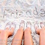 How to Take Good Beach Photos Beach Photography Friends, Beach Photography Poses, Best Friend Photography, Summer Photography, Amazing Photography, Cute Beach Pictures, Bff Pictures, Beach Photos, Photos Bff