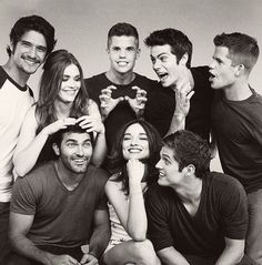 Teen Wolf, Dylan O'Brien, Tyler Posey, Crystal Reed, Tyler Hoechlin, Holland Roden