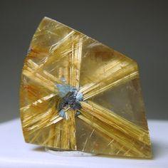 Rutile Star in Quartz / Mineral Friends <3