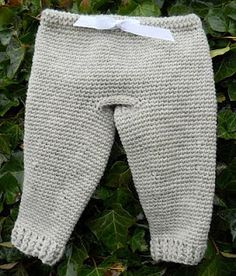 Longies 12 Month free crochet pattern