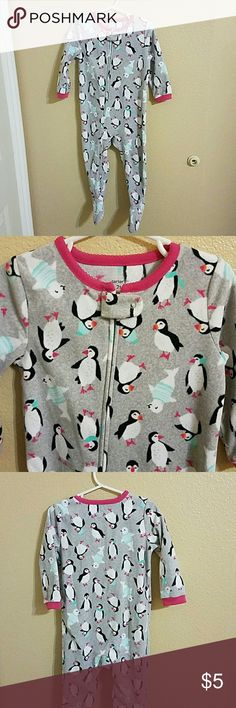 Carter's Zippered Fleece Footed Pajamas size 2T Adorable Penguin and Seal Patterned Carter's Fleece Footed Pajamas size 2T. Great condition worn twice Carter's Pajamas