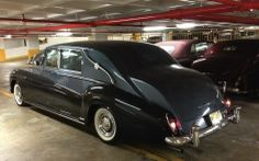 1963 Limousine by James Young (chassis design Rolls Royce Limousine, Rolls Royce Cars, Retro Cars, Vintage Cars, Antique Cars, Classic Motors, Classic Cars, Rolls Royce Silver Spur, Classic Rolls Royce