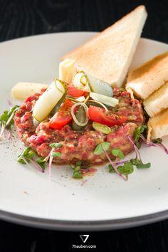 """Beef Tatar – ein Gericht aus unserem Online-Kochkurs """"Rinderfilet total"""""""