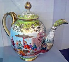 Norwich Castle Museum,England.one of the largest teapots in the World!!