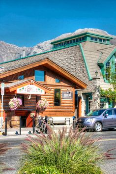 Where to eat and what to do in Canmore Alberta, Canada   GI 365