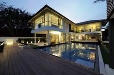 Exquisite Contemporary Vacation Home in Exotic Thailand