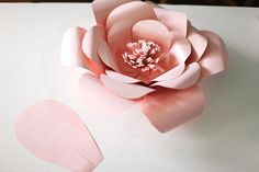 This template is perfect for creating giant flowers!