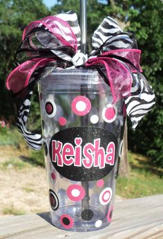 Loving the sparkle vinyl. Vinyl Tumblers, Acrylic Tumblers, Vinyl Lettering, Lettering Ideas, Tiana, Vinyl Projects, Cute Gifts, Silhouette Cameo, Teacher Gifts