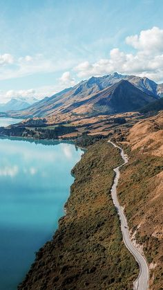 We help you book your Campervan rental in New Zealand #NewZealand #NZ #RoadTripNewZealand #RoadTripNZ #CamperVanNZ #CamperVanNewZealand #RoadTrip #Travel #BackPackingNZ #BackPackingNewZealand #CamperHireNZ #CamperHireNewZealand #RoadTrip #NewZealandInspo #NewZealandHoliday #MountCook #SouthIslandNZ #NorthIslandNZ #SouthIslandNewZealand #NorthIslandNewZealand #GapYearNZ #GapYearNewZealand #NewZealandRoadie #travelphotography #NewZealandHikes #NewZealandWalks #NewZealandCamping #Camp Campervan Nz, New Zealand Campervan, Campervan Rental, Road Trip New Zealand, Camping New Zealand, New Zealand Travel, New Zealand Destinations, New Zealand Itinerary, Nz South Island