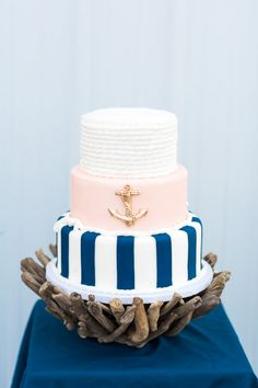 Preppy & Nautical Styled Shoot | http://classicbrideblog.com/2015/11/preppy-nautical-styled-shoot.html/ | Image by Anna Markley | Styling by Coty & Ashley Henry of Henry Photography | Cake: Enticing Options