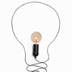 Mix and match your favourite #GlobeElectric 2 in 1 Plug-In Pendant with a unique Vintage Bulb for a customized light fixture! Home Decor - Lighting Ideas - Vintage Bulb - Edison Bulb - Vintage Home Decor - Minimalist