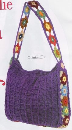 Crochet Purse Purple purse with diagrams. Rather like the different handle on this one. Crochet Diy, Bag Crochet, Crochet Shell Stitch, Crochet Handbags, Crochet Purses, Love Crochet, Crochet Crafts, Crochet Projects, Beautiful Crochet