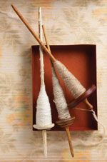 Selecting a Spindle Whorl Spinning Wool, Hand Spinning, Spinning Wheels, Drop Spindle, Viking Knit, Paper Dolls, Fiber Art, Projects To Try, Arts And Crafts