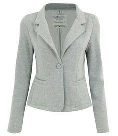 de moletom Blazer Outfits Casual, Blazer Outfits For Women, Ladies Trouser Suits, Suits For Women, Clothes For Women, Work Attire, Blazer Jacket, Blouse Designs, Winter Outfits
