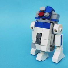 https://flic.kr/p/xXaiVT | LEGO: R2-D2 (3 inch) | Do you want instructions?
