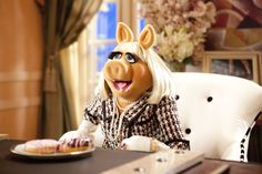 Miss Piggy shares her thoughts on breakfast, lunch, dinner, being gluten-free, and her ideal wedding cake with Kermit the Frog. And we learn why you don't touch her donuts.