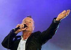 """23-Nov-2013 7:21 - RETROPOP LOKT SIMPLE MINDS NAAR EMMEN. Het popfestival Retropop in Emmen heeft Simple Minds als hoofdact gestrikt. De Schotse formatie speelt zaterdag 7 juni op het hoofdpodium aan de Grote Rietplas. Eerder al werd Golden Earring vastgelegd. """"Daarmee staat er een mooie basis van het festival"""", vertelt organisator Richard de Groot."""