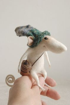 Souris feutrée, miniature, figurine de collection, miniature, collectibles, sculpture de laine, ornament, feutrage à sec, tender mouse