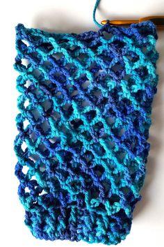 Exceptional Stitches Make a Crochet Hat Ideas. Extraordinary Stitches Make a Crochet Hat Ideas. Crochet Snowflake Pattern, Crochet Beanie Pattern, Crochet Patterns, Crochet Ideas, Butterfly Pattern, Crochet Squares, Crochet Towel, Crochet Dishcloths, Plastic Bag Crochet