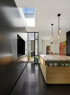 Underhill White Kitchen Kuche Underhill (Grand Designs Passivehouse ...
