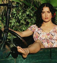Salma Hayek – Feet of the Fabulous Salma Hayek Feet, Salma Hayek Body, Gorgeous Feet, Gorgeous Women, Salma Hayek Pictures, Barefoot Girls, Sexy Toes, Female Feet, Women's Feet