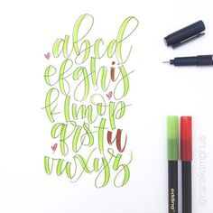 Brush Lettering Quotes, Doodle Lettering, Hand Lettering Alphabet, Calligraphy Letters, Journal Fonts, Journal Ideas, Cursive Handwriting, Quirky Art, Drawing Letters