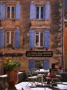 ~Tomando café in Gordes by benjamin pedrosa ~