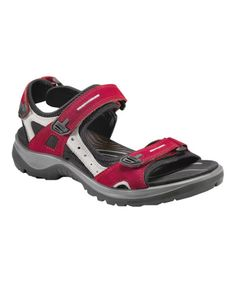 7811c1ec087d Enjoy the reliable comfort and sporty style of the women s ECCO® Yucatan  performance sandal. SHOE.