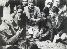 Quaid with Students
