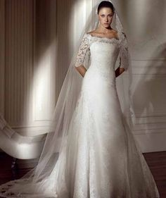 Looking for elegant lace long sleeve wedding dress ? Here you can find the latest products in different kinds of elegant lace long sleeve wedding dress. We Provide 20 for you about elegant lace long sleeve wedding dress- page 1 Lace Wedding Dress With Sleeves, Long Sleeve Wedding, Lace Dress, Dresses With Sleeves, Lace Sleeves, Lace Gowns, Lace Skirt, Wedding Dress Gallery, Modest Wedding Dresses